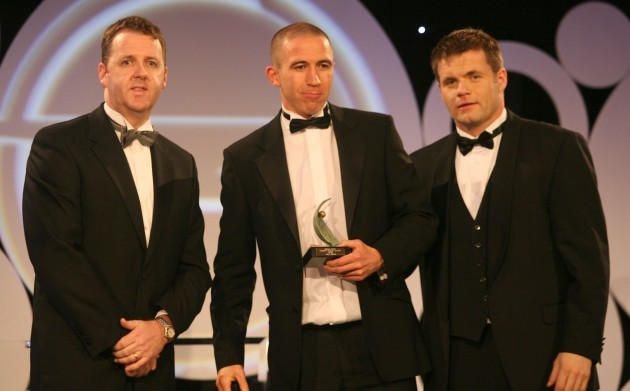 John Keane receives his award from Dave Sheeran and Dessie Farrell
