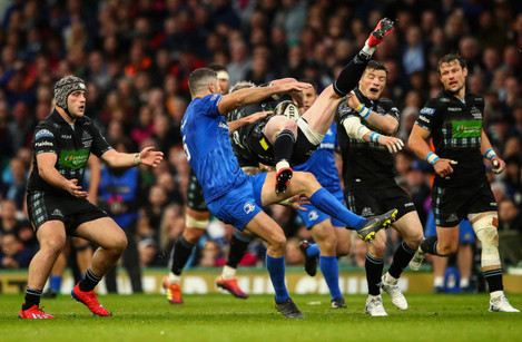 Rob Kearney tackles Stuart Hogg in the air