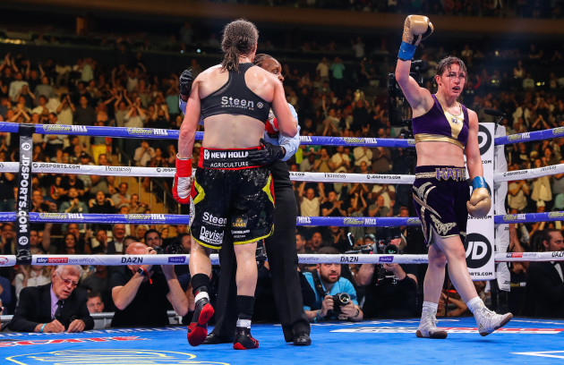 Katie Taylor celebrates at the final bell