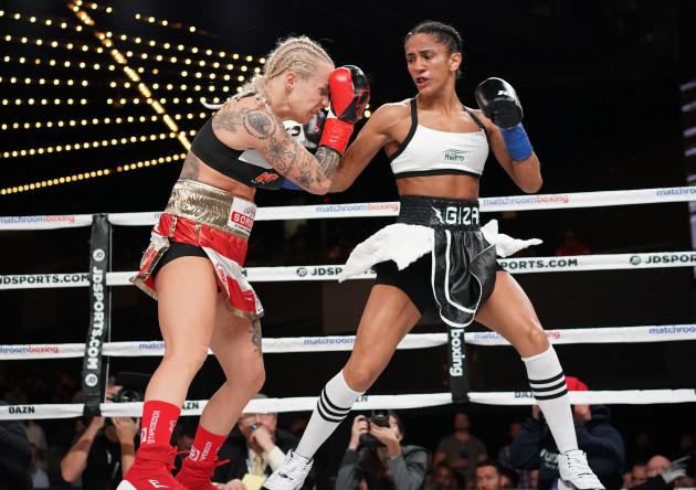 Boxing 2019 - Amanda Serrano Defeats Eva Voraberger by 1st Round KO