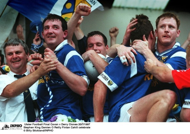 Stephen King Damien O'Reilly Fintan Cahill celebrate  20/7/1997