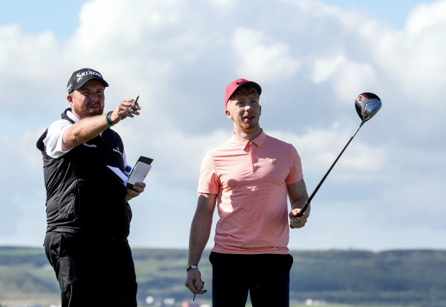 Shane Lowry with Limerick Hurler Cian Lynch on the 7th tee box