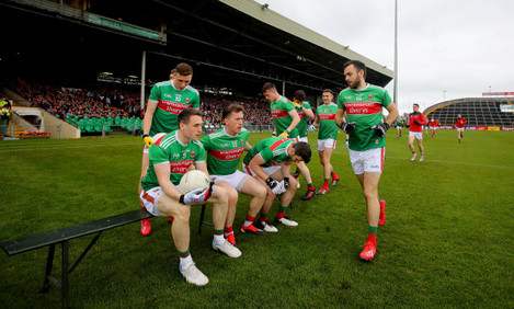 Mayo take their position for the team photo