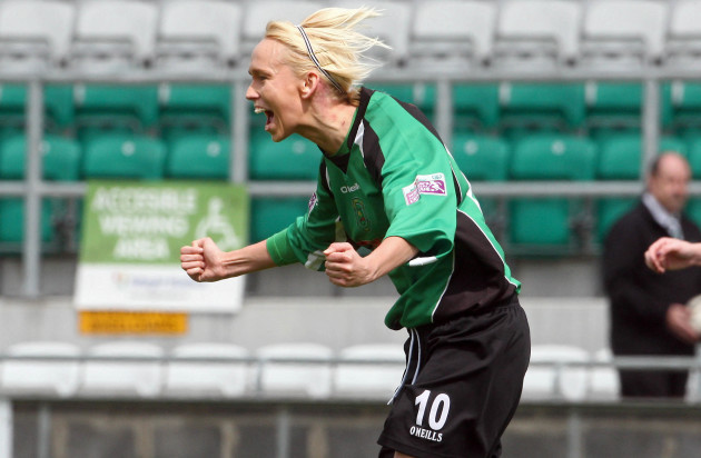 Stephanie Roche celebrates scoring the first goal of the game