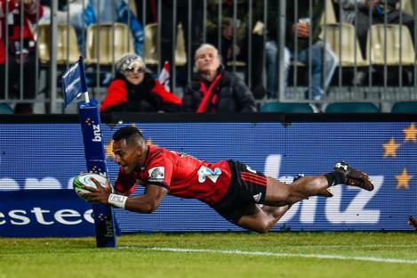 Sevu Reece scores a try
