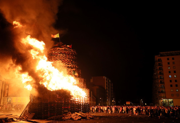 Battle of the Boyne bonfires