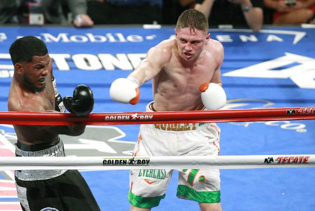 Jason Quigley in action against James De La Rosa