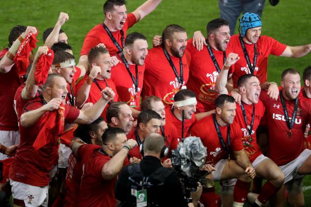 Wales celebrate winning the Grand Slam