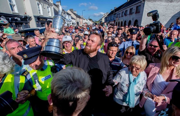 Shane Lowry arrives back in Clara 23/7/2019