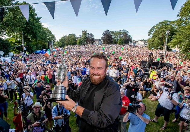 Shane Lowry with the Claret Jug 23/7/2019