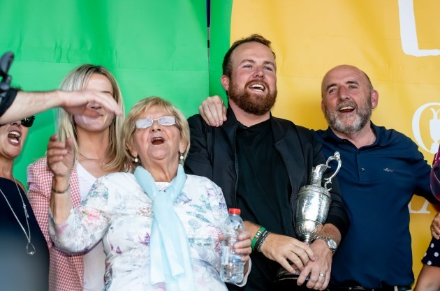 Shane Lowry with his father Brendan Lowry, granny Emmy Scanlon and and wife Wendy at his homecoming in Clara  23/7/2019
