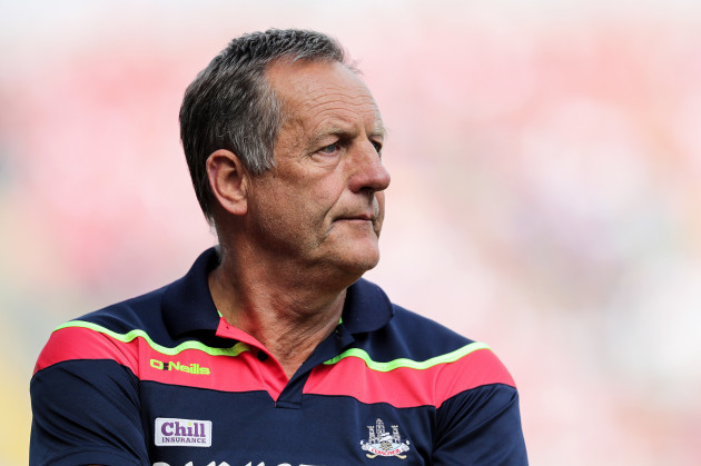 John Meyler dejected in the final minutes of the game