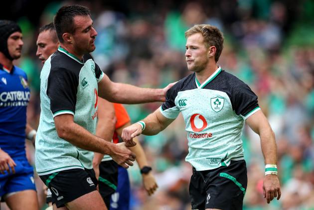 Kieran Marmion celebrates scoring a try with Niall Scannell