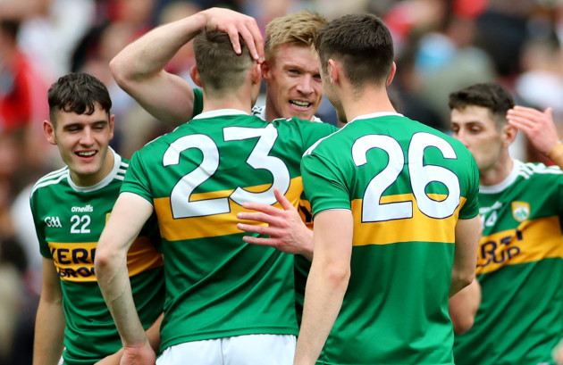Diarmuid O'Connor and David Shaw celebrate with Tommy Walsh after the game