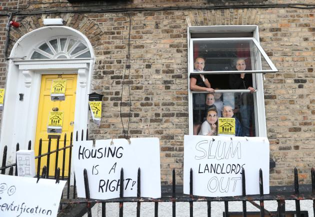 0024 Activists Occupy Property_90550933