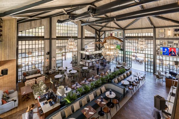 Dano's Sports Bar & Restaurante 2