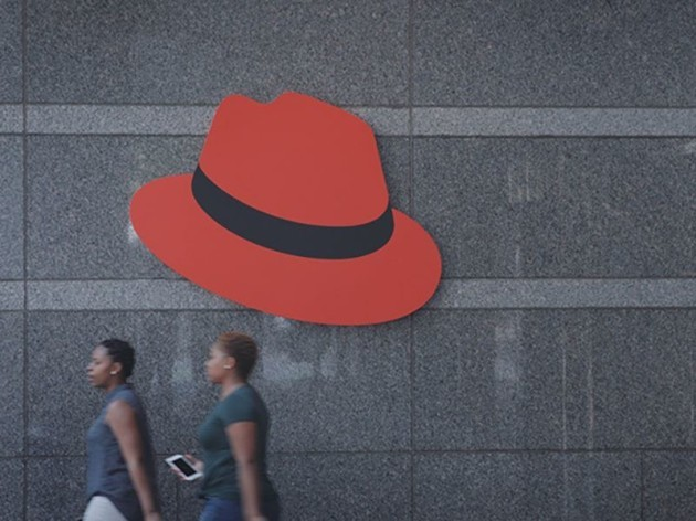 red_hat_entrance_800x600