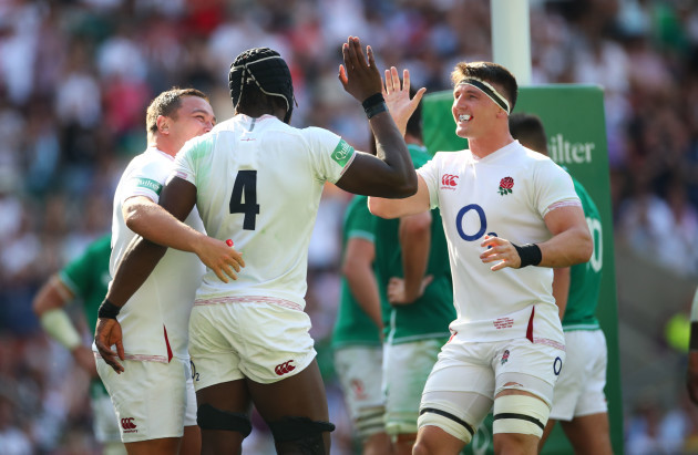maro-itoje-celebrates-his-try-with-jamie-george-and-tom-curry