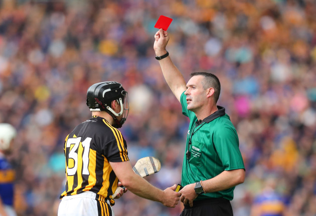 richie-hogan-receives-a-red-card-from-james-owens