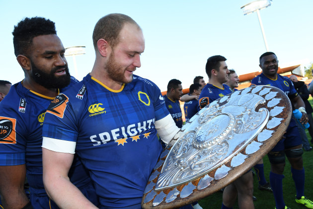 matt-faddes-with-the-ranfurly-shield