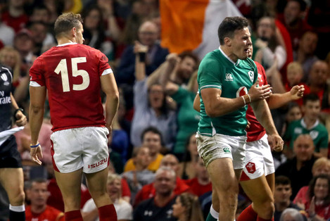 jacob-stockdale-celebrates-scoring-his-teams-first-try