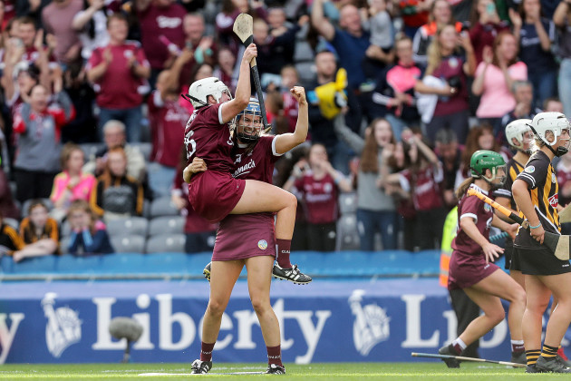 ailish-oreilly-and-niamh-hanniffy-celebrate-at-the-final-whistle