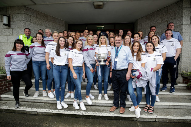 the-galway-team-with-hospital-staff
