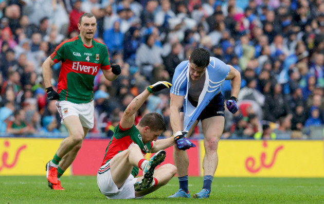 diarmuid-connolly-with-lee-keegan