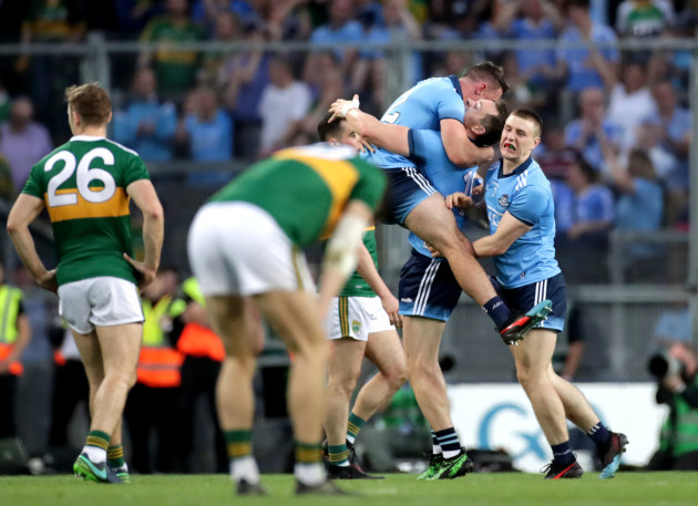 dublin-players-celebrate-after-the-game