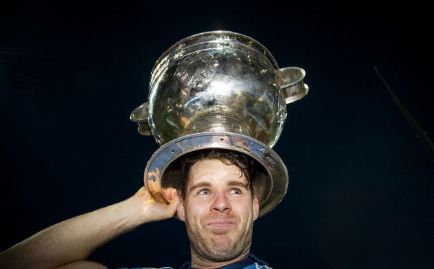 kevin-mcmanamon-celebrates-with-the-sam-maguire-after-the-game