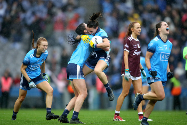 olwen-carey-and-siobhan-mcgrath-celebrate-at-the-final-whistle