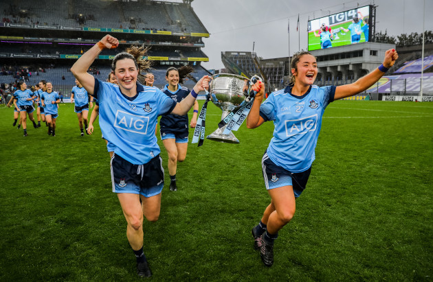 lyndsey-davey-and-siobhan-woods-celebrate-the-brendan-martin-cup-after-the-game