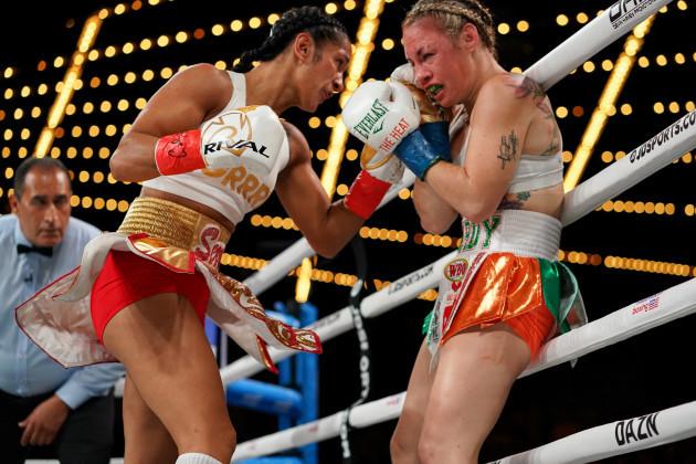 boxing-2019-amanda-serrano-defeats-heather-hardy-by-unanimous-decision