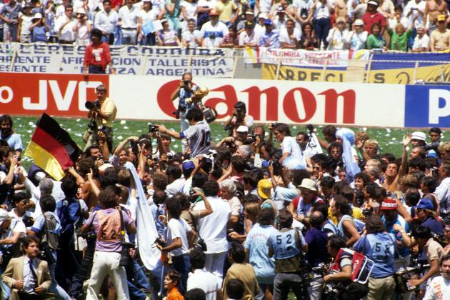 soccer-1986-fifa-world-cup-mexico-86-final-argentina-v-west-germany-azteca-stadium-mexico