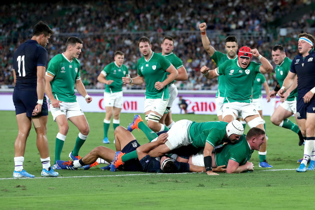 tadhg-furlong-celebrates-scoring-their-third-try-supported-by-rory-best