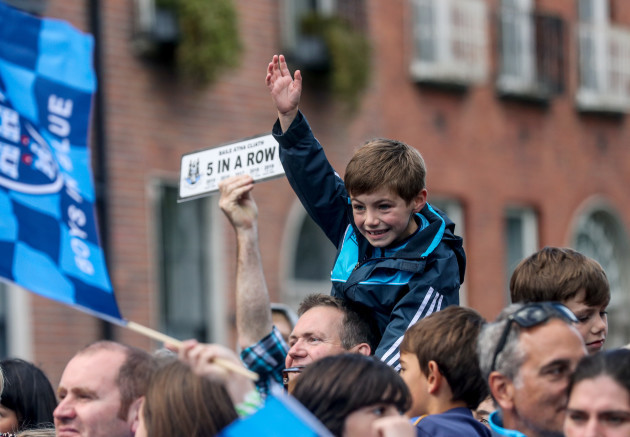dublin-fans-at-the-homecoming