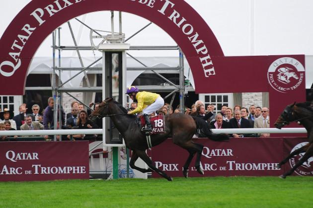 horse-racing-88th-qatar-arc-de-triomphe-2009-horse-race-paris