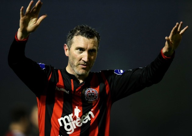 jason-byrne-acknowledges-the-crowd-after-the-game