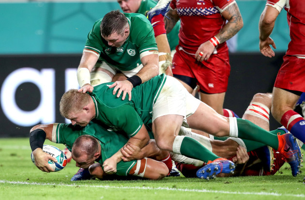 rhys-ruddock-scores-their-third-try-of-the-game-supported-by-john-ryan-and-peter-omahony