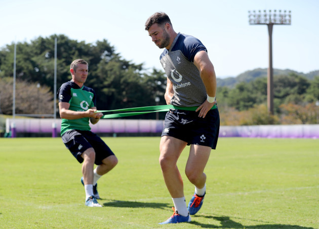 robbie-henshaw-with-keith-fox