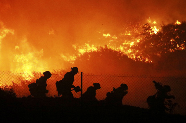 california-wildfires-power-shutoff