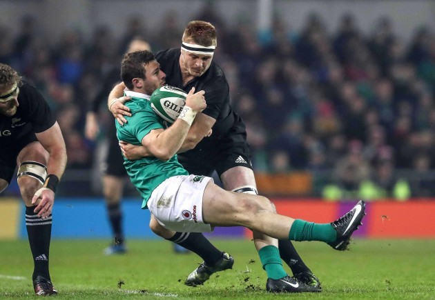 robbie-henshaw-is-injured-in-the-tackle-of-sam-cane