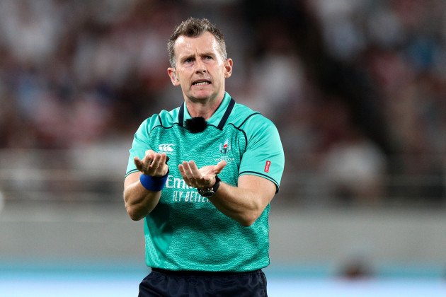 nigel-owens-signals-for-tmo-intervention-on-the-high-tackle-of-tomas-lavanini-on-owen-farrell