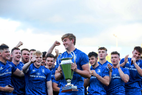 charlie-ryan-lifts-the-celtic-cup