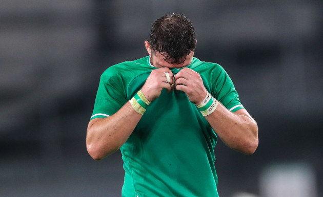 robbie-henshaw-dejected-after-the-game
