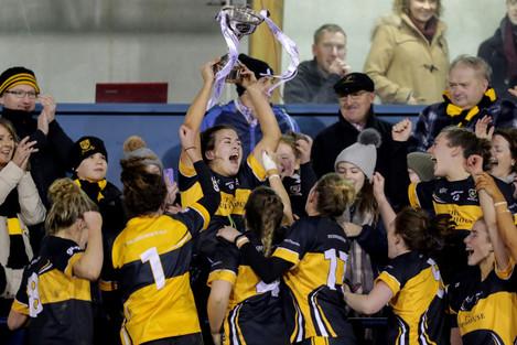 brid-osullivan-celebrates-with-the-trophy