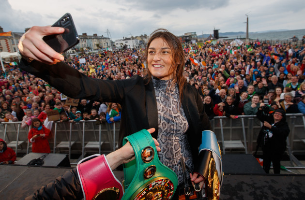 katie-taylor-on-stage
