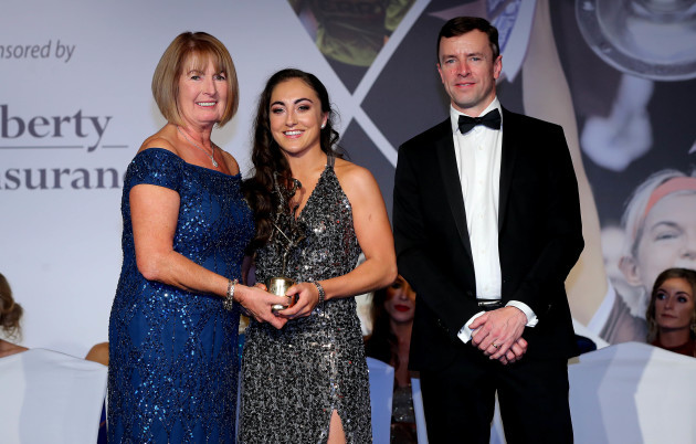 amy-oconnor-is-presented-with-her-award-by-kathleen-woods-and-stuart-trotter