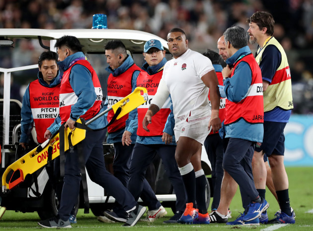 Mako Vunipola kyle-sinckler-leaves-the-field-injured