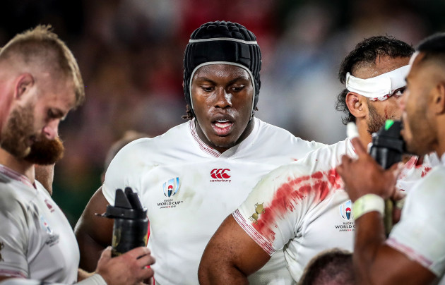 maro-itoje-dejected-after-conceding-a-try